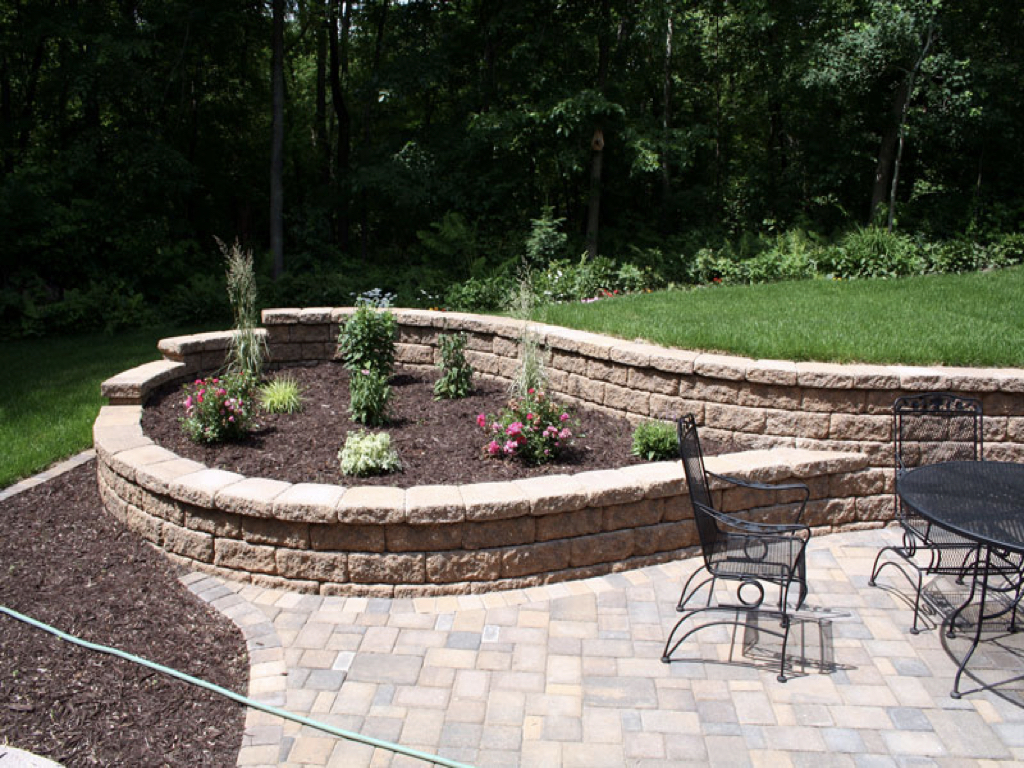 Retaining Walls Green Paradise